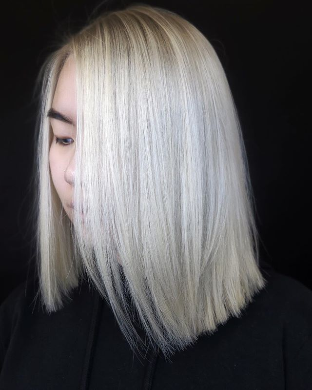 Blondes = our specialty 💁🏼‍♀️ this gorgeous colour was done by @hairbyheathh #dreamteam #brushsalonyvr