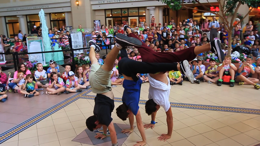 Crowd huge flip handstand.png