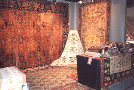 M Topalian Inc-Fine Antique Carpets_Gramercy Park Antique Show.jpg