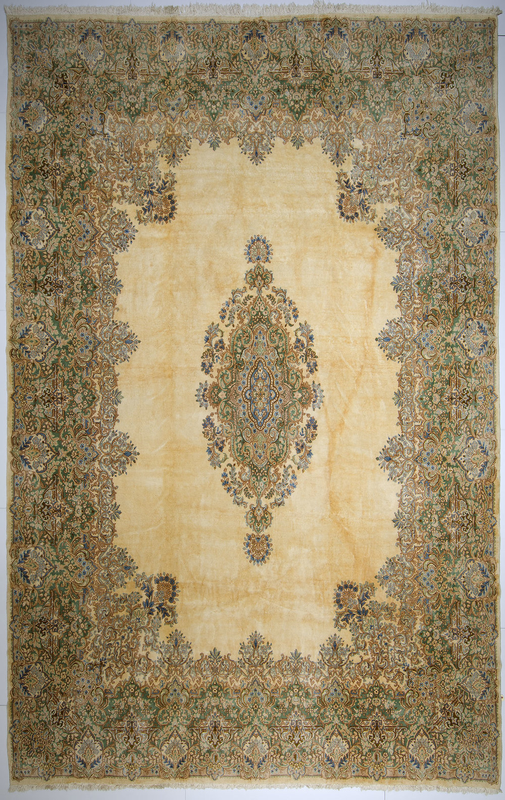 "Kerman Carpet 19' 7"" x 12' 5"""