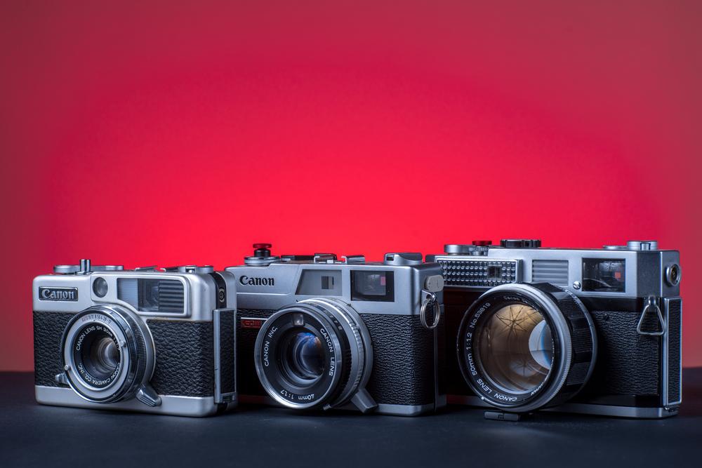 Canon Demi EE 17 (1966) /Canon Canonet G-III 17 (1972) /Canon 7 (1961)