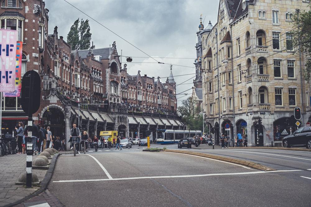 Raadhuisstraat shot from Herengracht