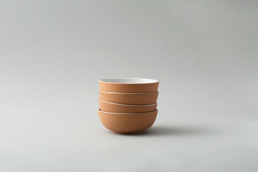 bowl-white-plates.jpg