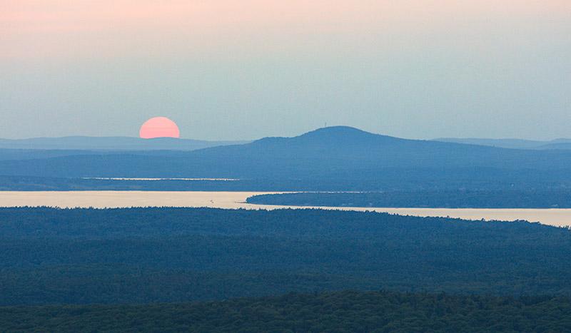 Sun on Western Mountains. Acadia.2015.Canon 5DSr.