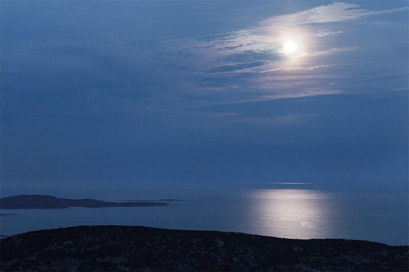 Moonrise. Cadillac Mountain. Acadia National Park. 2015.Canon 5DSr.