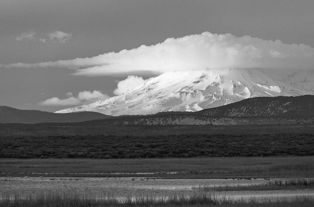 Cap Cloud. Mt. Shasta from the Klamath Wildlife Refuge. 2016. Canon 5Dsr.
