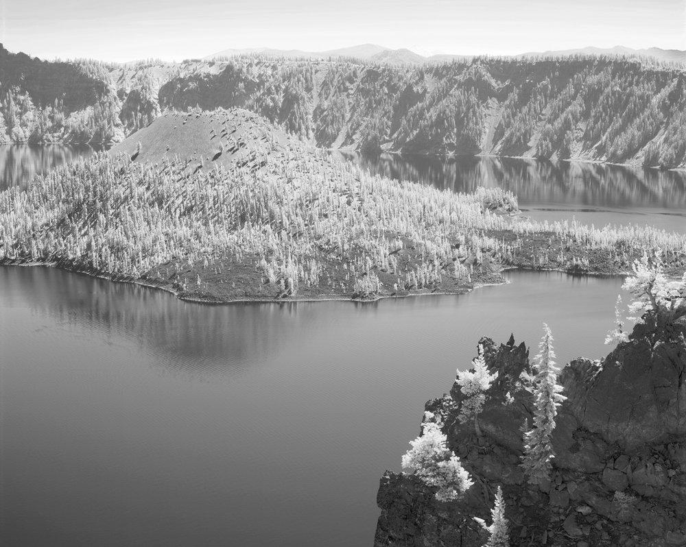 Crater-Lake-island-ir-BW.jpg