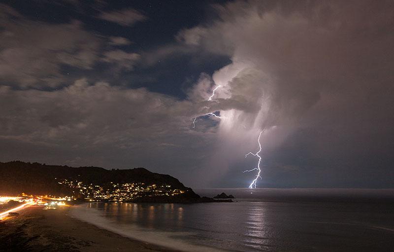 Lightning, Pacifica. 2013.