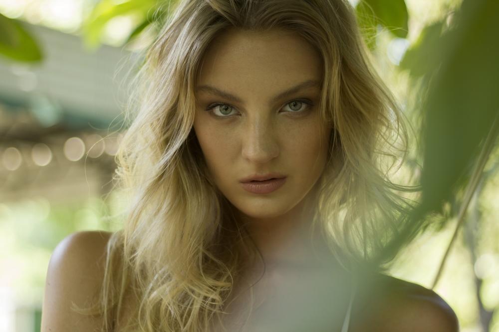 Photo/Hair/Makeup: Marci Badman  Model: McKenzie Kersen, AMAX