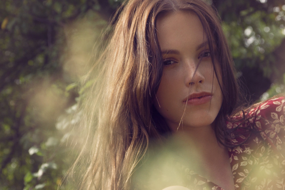 Photo/Beauty/Styling: Marci Badman  Model: Kayla, EYE MODEL MGMT