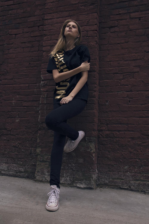 Photo/Beauty/Styling: Marci Badman  Model: Lindy, ONYX