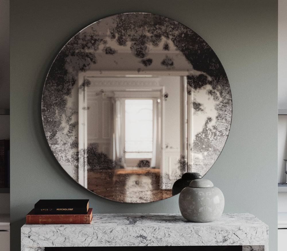 Round Wall Mirror photographed in Situation