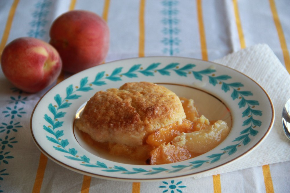 Molly's Cornmeal Peach Cobbler