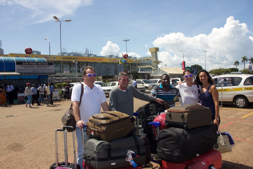 From Left to right Russell Crump, Pierre Seneca, Martin Male, Laetitia Zwaans, and Gabrielle Crump. Those suitcases were all filled with things for the orphanage. Pots, shoes, medicine, clothes, toys, books.