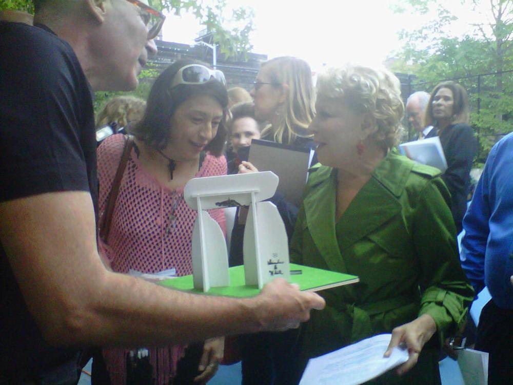 Rafael, Kathleen, Bette Midler;103rd St. Community Garden, 10/8/2011