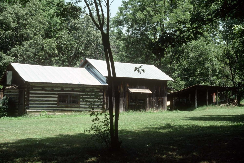 Ben Owen Sr. Pottery Studio and Sales Cabin 1980.jpg