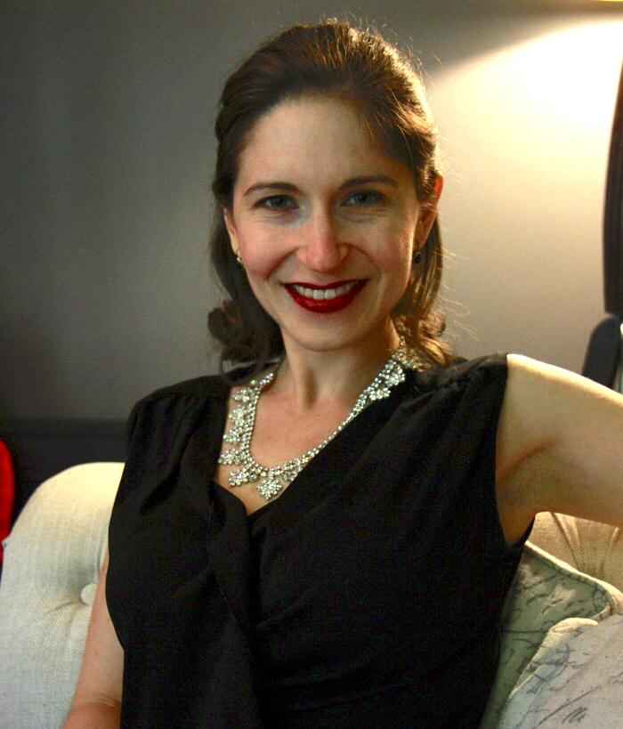 Rachel Zelkowitz DBT Therapist.jpeg