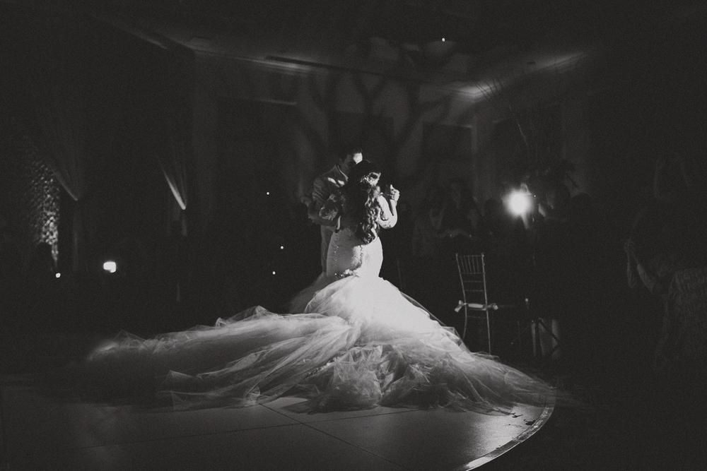 JENNIFER-SKOG-luxury-wedding-fashion-photographer-046.jpg