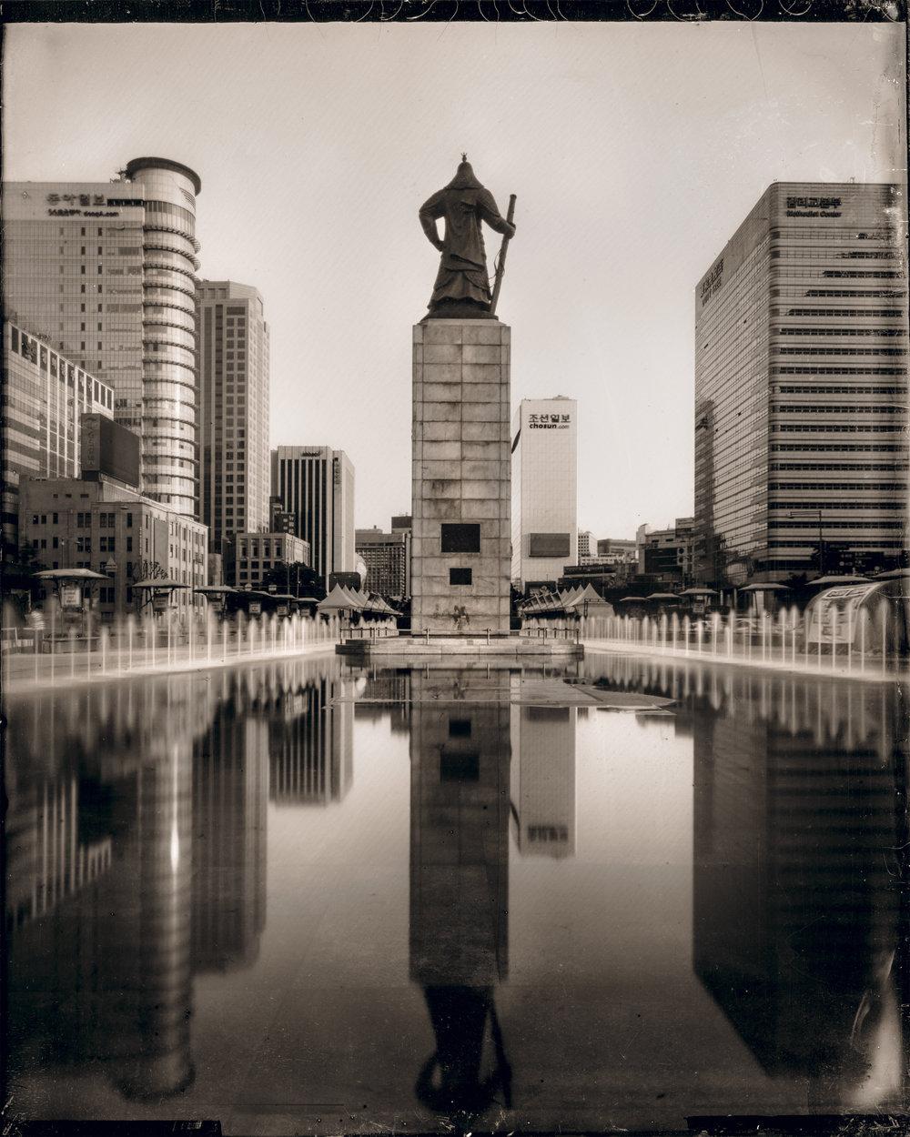 韓国-ソウル-光化門広場-李舜臣像  대한민국-서울-광화문광장-이순신 등상  South Korea-Seoul-Gwanghwamun Plaza-Statue of Yi Sun-sin
