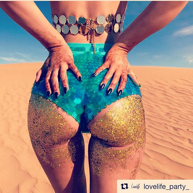 Are you ready for some Vinyl Grooves and Fun In The Sun surrounded by the beautiful San Diego harbor? We are! Grab your tickets now!  #Repost @lovelife_party_ ・・・ Get that ass ready 😍 The Golden Cruise Boat Party this Sat w/ Russ Yallop is nearly SOLD OUT & price is going up again 💛 BOOK NOW 👉🏼 Venno.com 🎟 #LovelifeParty
