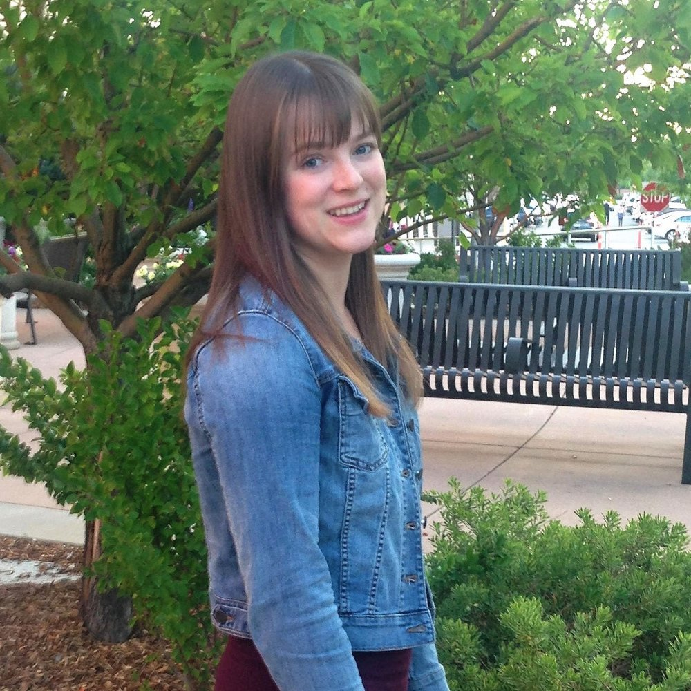 Lindsay Christensen headshot.jpg