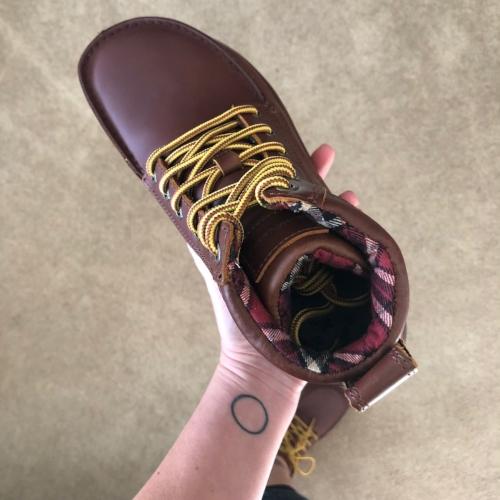 minimalist-boots.jpg