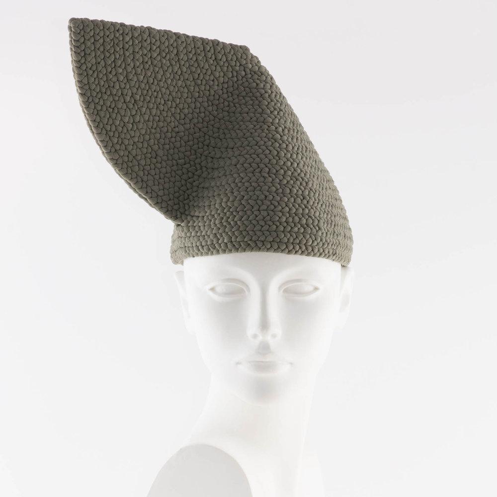 Marcella-dvsi-hats-Photography-Tim-Walker-Design-01.jpg