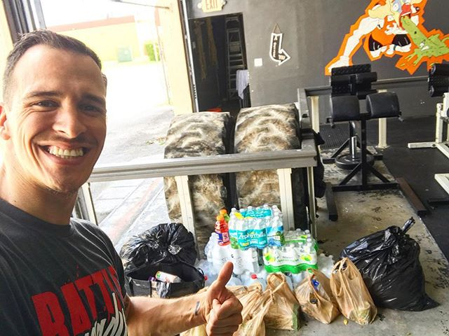HUGE THANK YOU!!!! we are getting as much supplies we can to help our neighbors in the Keys! Your support is greatly appreciated! It's great to see the community come together in times like these ❤️😃🙏🏻 @thecrossfitcube @lopez.oew #TeamCube