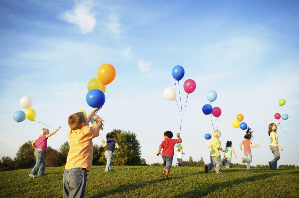 Image source: http://tophdimg.com/summer-kids-playing.html