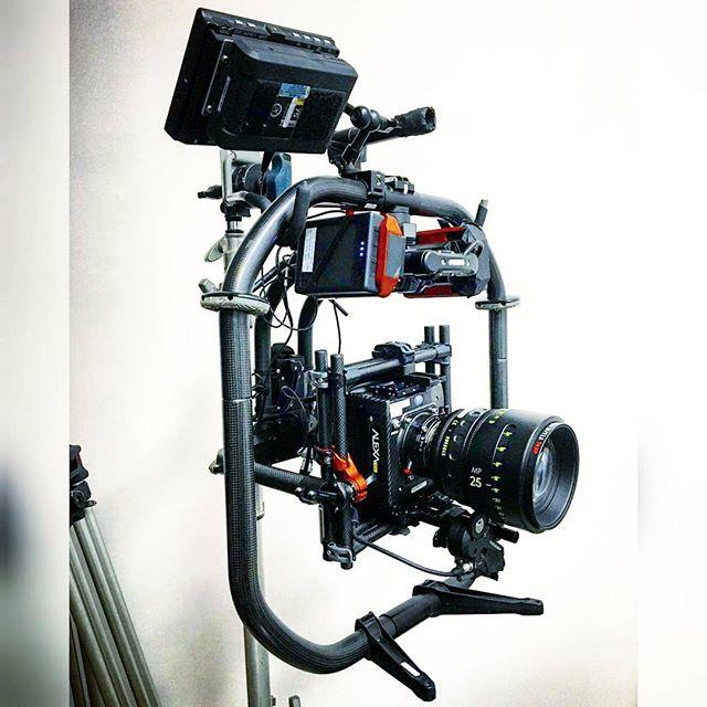 Alexa Mini + Master Prime + Movi Pro + @ignitedigiaustralia Tilt Offsets / Battery Adapters  Repost @edgecityfilms