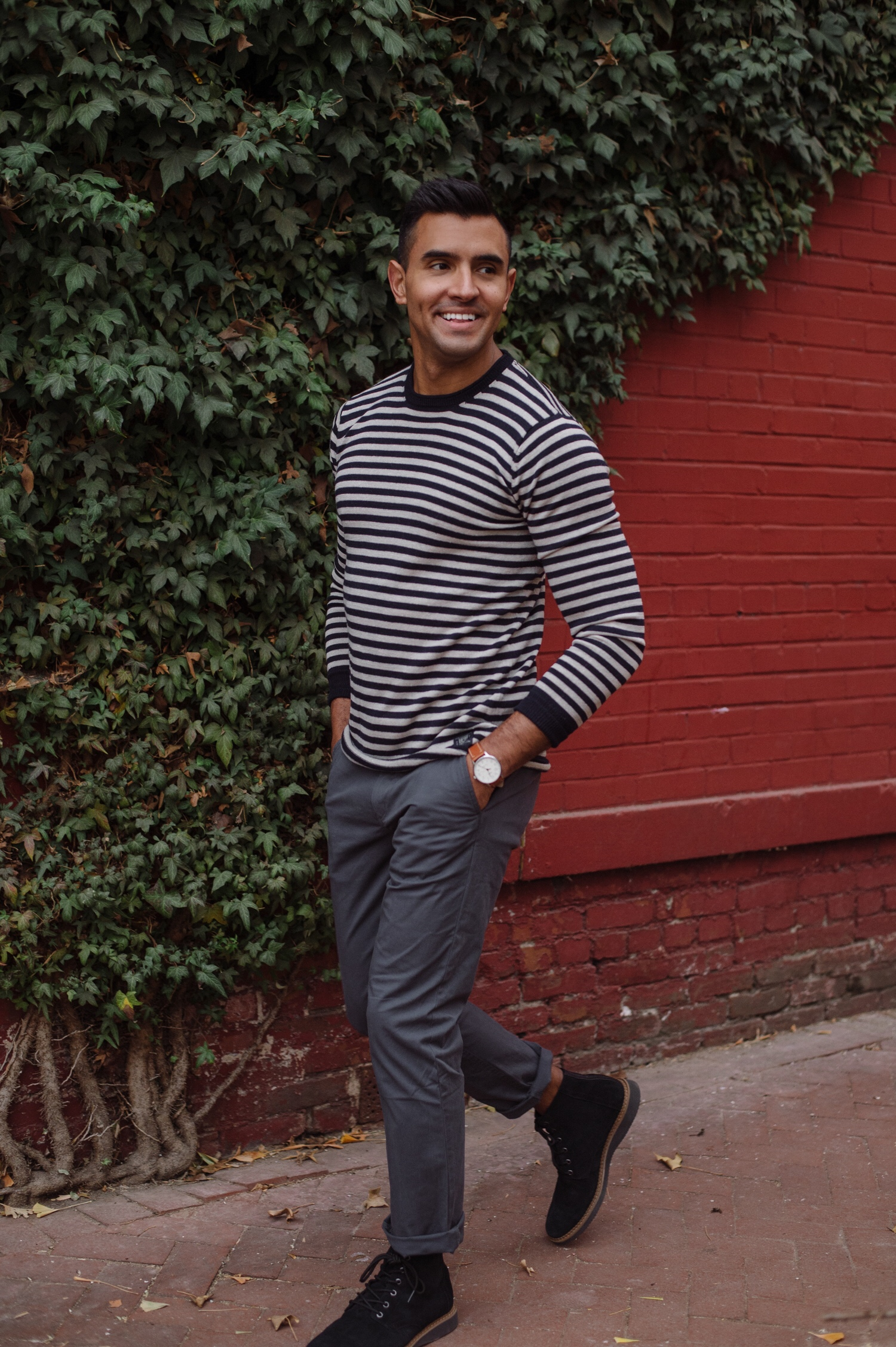 ee4f6e2c27 Diego Downtown - Sweater Weather.jpg