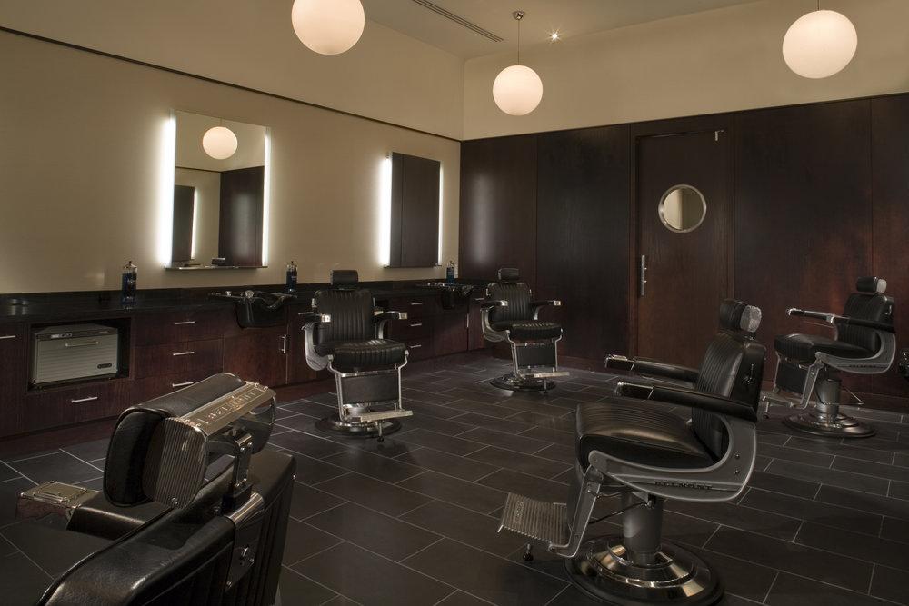 Grooming_Lounge.jpg
