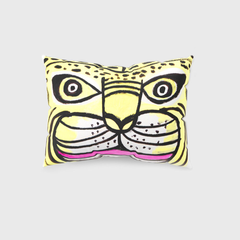 2_tigre_pillow.jpg