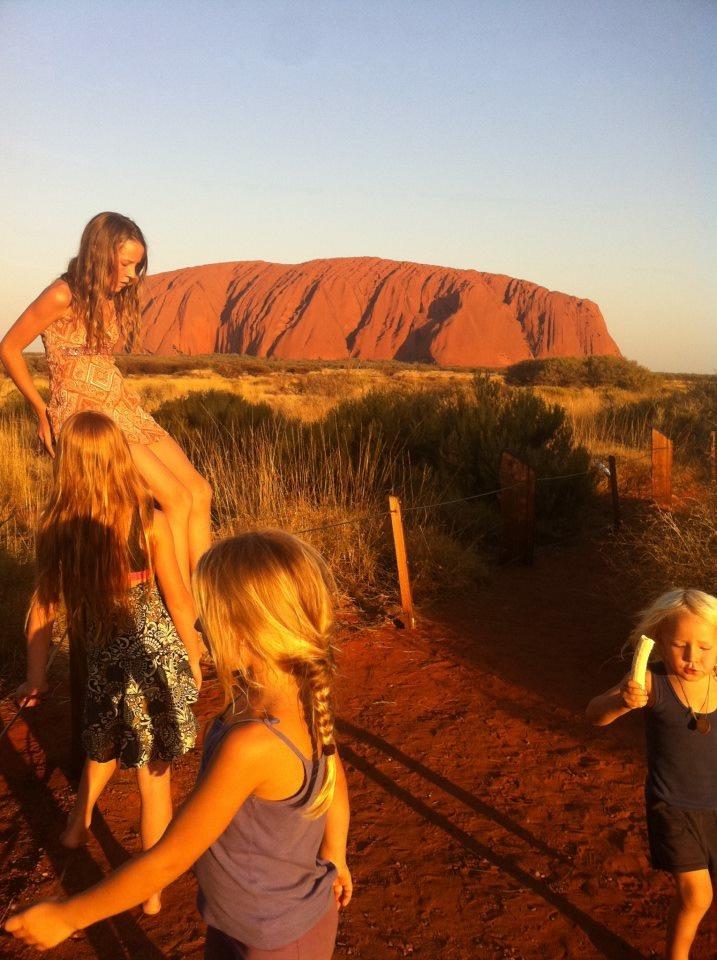 Uluru.jpeg