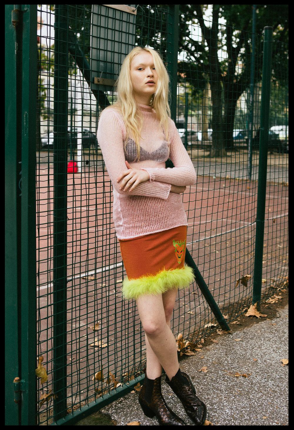 jumper UNIF,skirt VINTAGE,boots Elena lachi