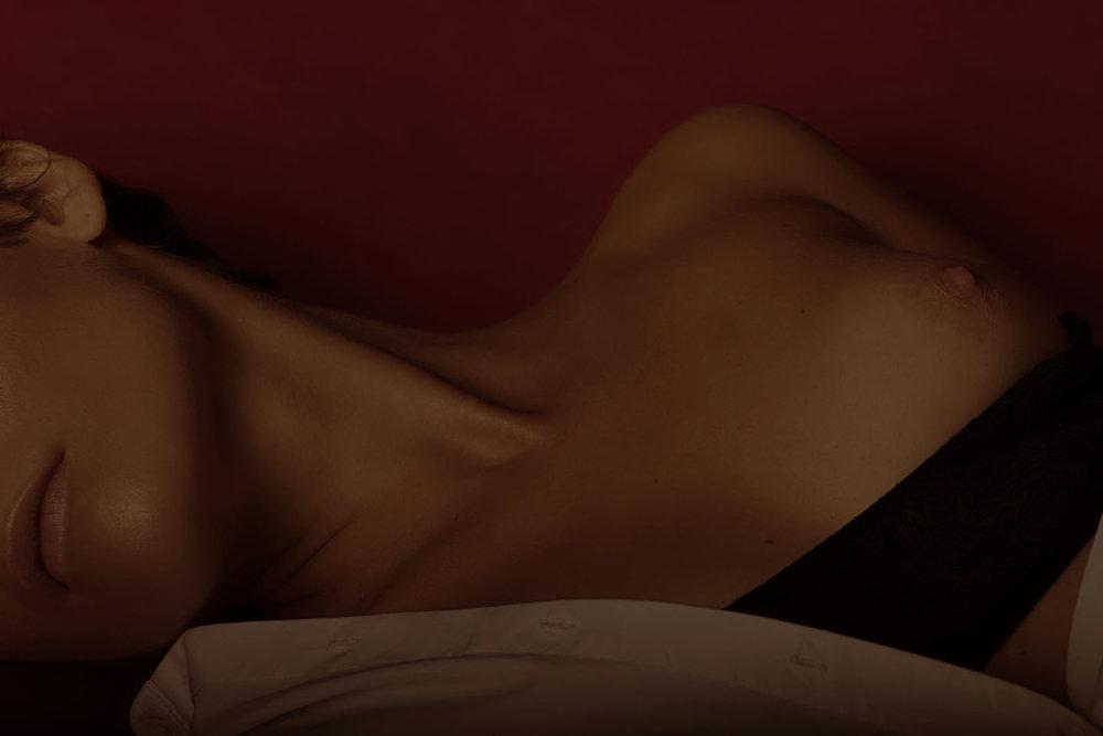 bra + shirt COS