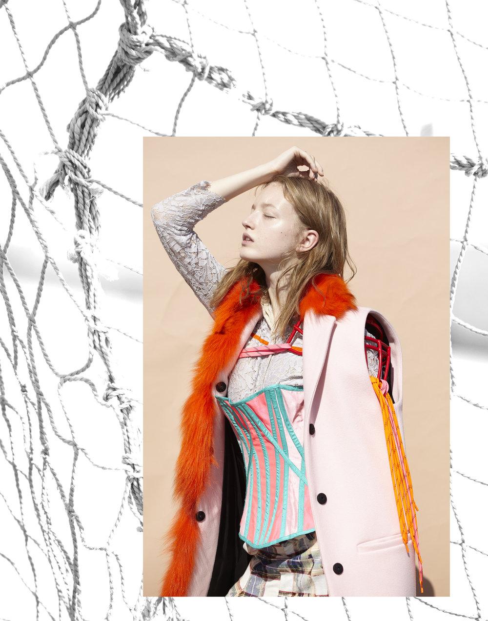 gilet + blouse  MSGM  corset  TOMO KOIZUMI , accessory STYLIST MADE, trousers  AKIKOAOKI