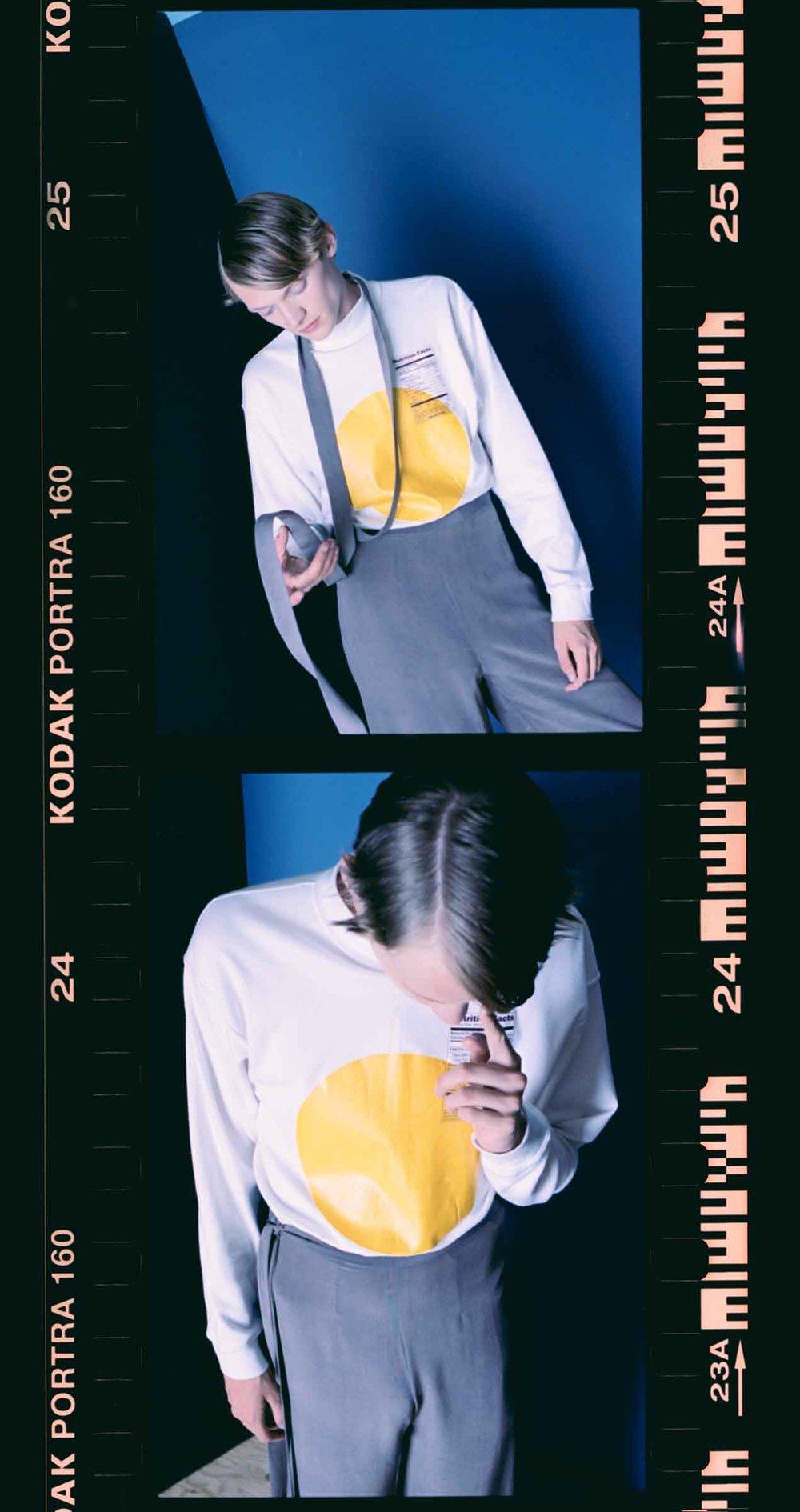 sweater  WRKDEPT , trousers  FEMME-ENFANT ,