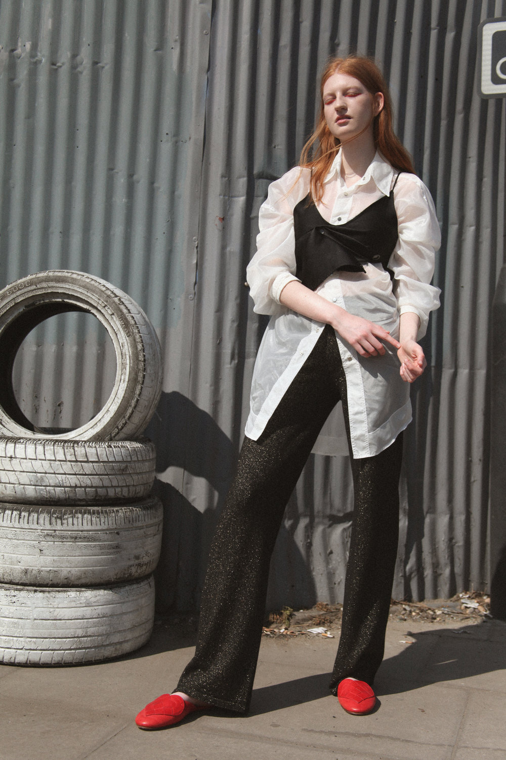 shirt BETH HALL, cami TARA LEE, trousers GENEVIEVE SWEENEY, slippers A.ANDREASSEN