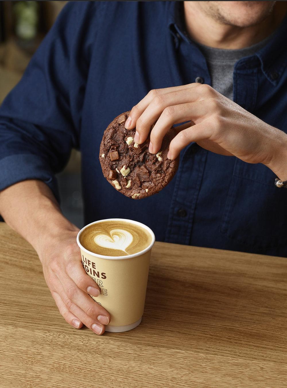 11304008_Shell_Shot_3_Cappuccino_Cookie_Deal.jpg