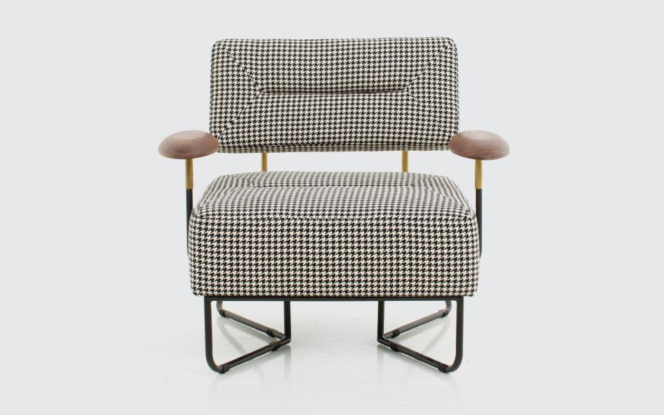 QT-QT Chair-W842D669H720-wht_back.jpg | Chair