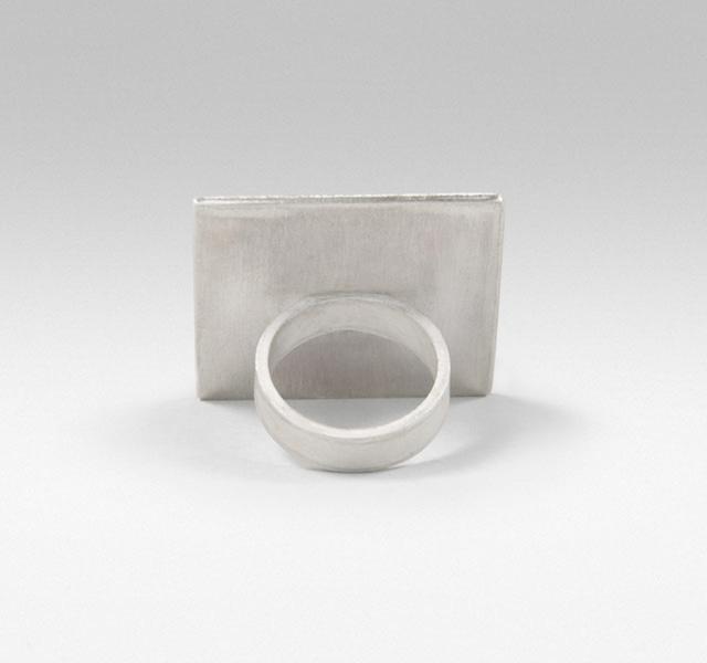 square-ring-back.jpg
