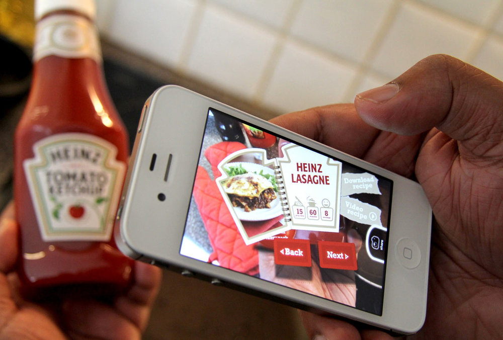 Heinz Tomato Ketchup recipe book in augmented reality by blippar