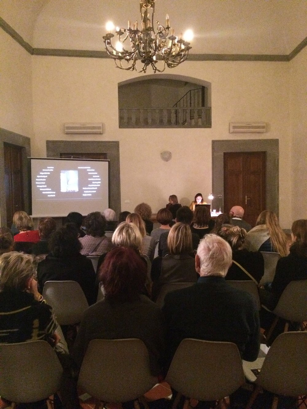 Masse and Wicks lecturing at the Medici Archive Project