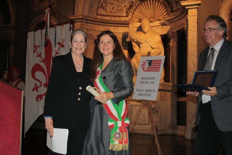 AWA Founder Jane Fortune with Vice Mayor Cristina Giacchi at Palazzo Vecchio