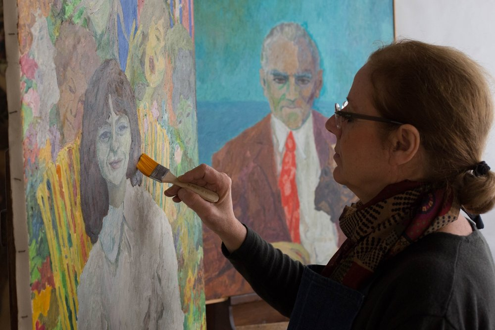 Conservator Rossella Lari restores two portraits by Pincherle