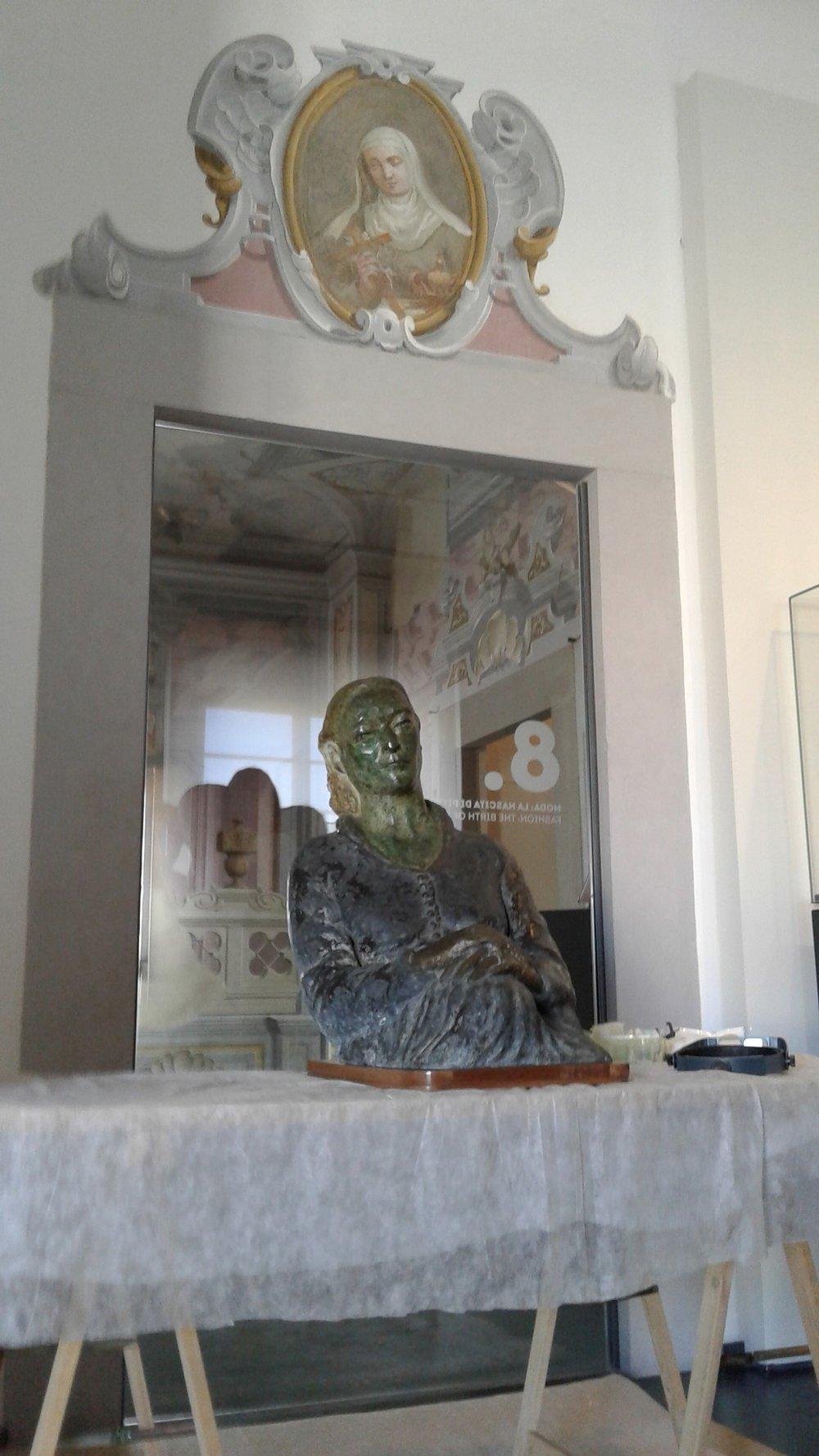 'Ritratto della signora Della Ragione madre' alla vigilia del suo debutto pubblico al museo