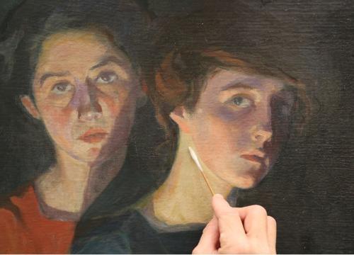 Chaplins-The-Three-Sisters_3_BOX.jpg