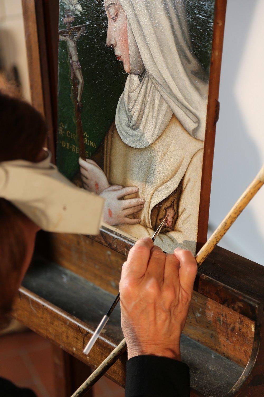Rossella Lari con Santa Caterina e il suo Giglio per il Museo del Cenacolo di Andrea del Sarto