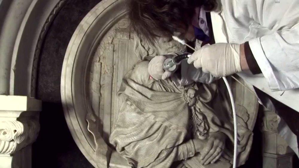 La restauratrice Gabriella Tonini diventa tecnologica con il restauro De Fauveau